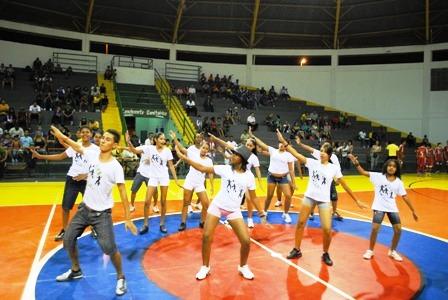 Apresetação do Grupo de Dança da CUFA Cuiabá