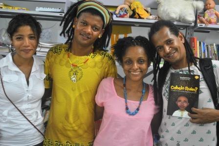 Da esquerda para a direita: Karina Santiago,Wagner Nascimento,Neusa Baptista e Walter Cedro