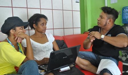 Conversando sobre beleza: Karina Santiago,Neusa Baptista e Jair Vips