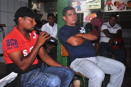 Dj Rony (camiseta vermelha) e Teozinho Marques Conselheiros Municipais de Cultura,marcaram presença no encontro