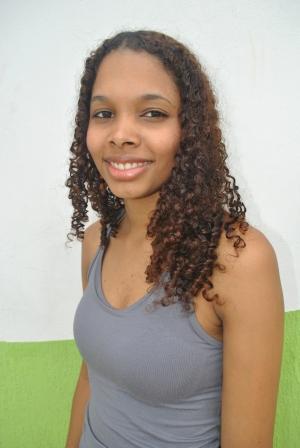 Naiara Gonçalves (22)