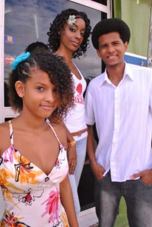 Da esquerda para à direita: Bruna,Natália e Marlon