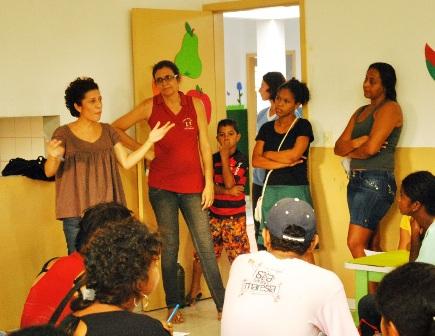 Mazé Oliveira apresentando o Projeto Fuzuê